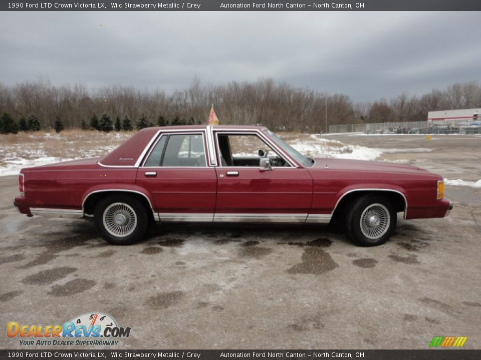 Wild Strawberry Metallic 1990 Ford LTD Crown Victoria LX Photo #16