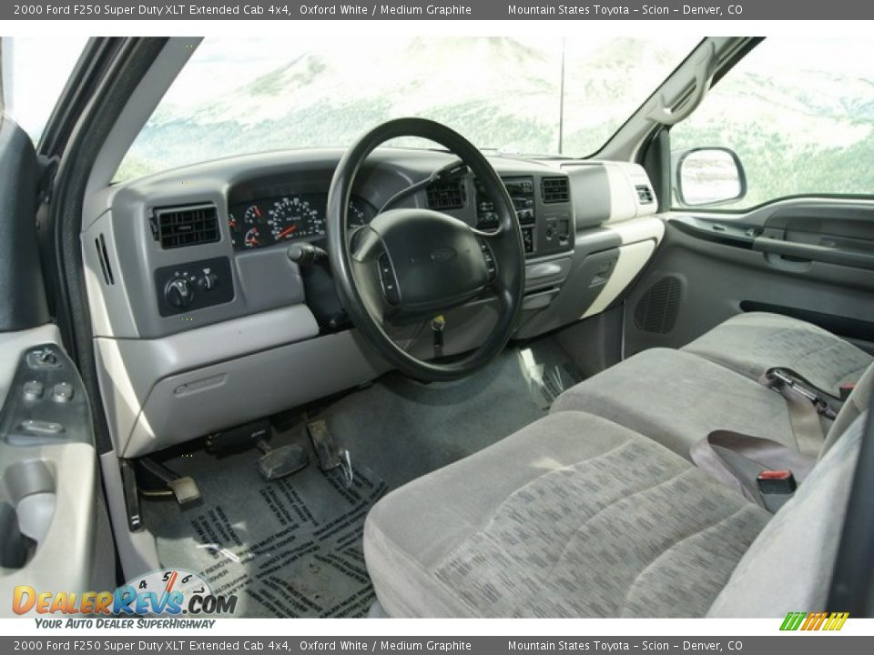 medium graphite interior 2000 ford f250 super duty xlt extended cab 4x4 photo 6
