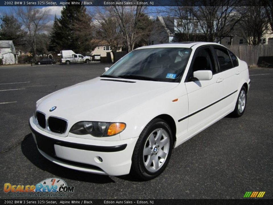 2002 bmw 3 series 325i sedan alpine white black photo 2. Black Bedroom Furniture Sets. Home Design Ideas