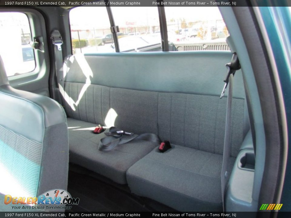 rear seat of 1997 ford f150 xl extended cab photo 10. Black Bedroom Furniture Sets. Home Design Ideas