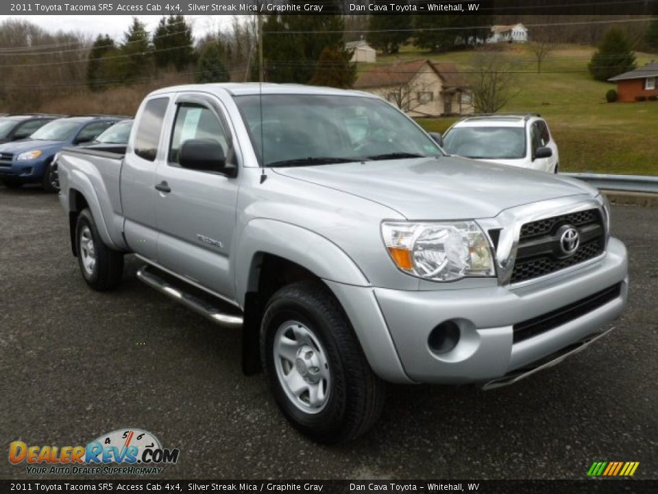 2011 toyota tacoma sr5 access cab 4x4 silver streak mica graphite gray photo 1. Black Bedroom Furniture Sets. Home Design Ideas