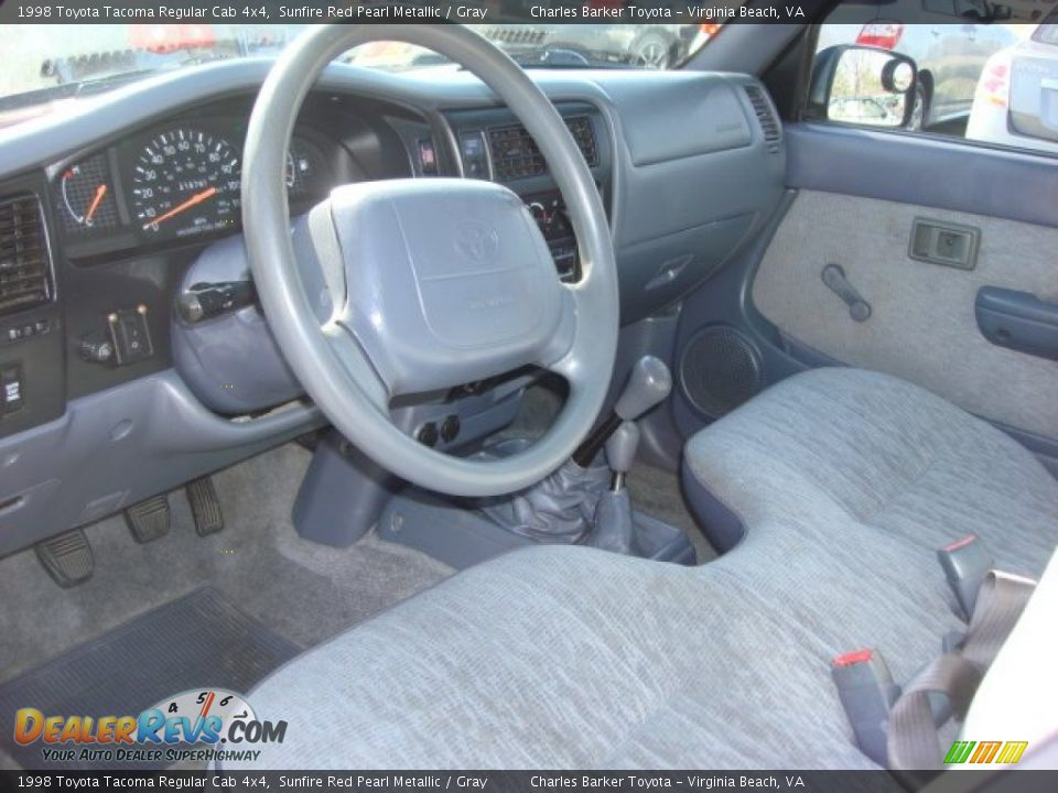 gray interior 1998 toyota tacoma regular cab 4x4 photo 11. Black Bedroom Furniture Sets. Home Design Ideas