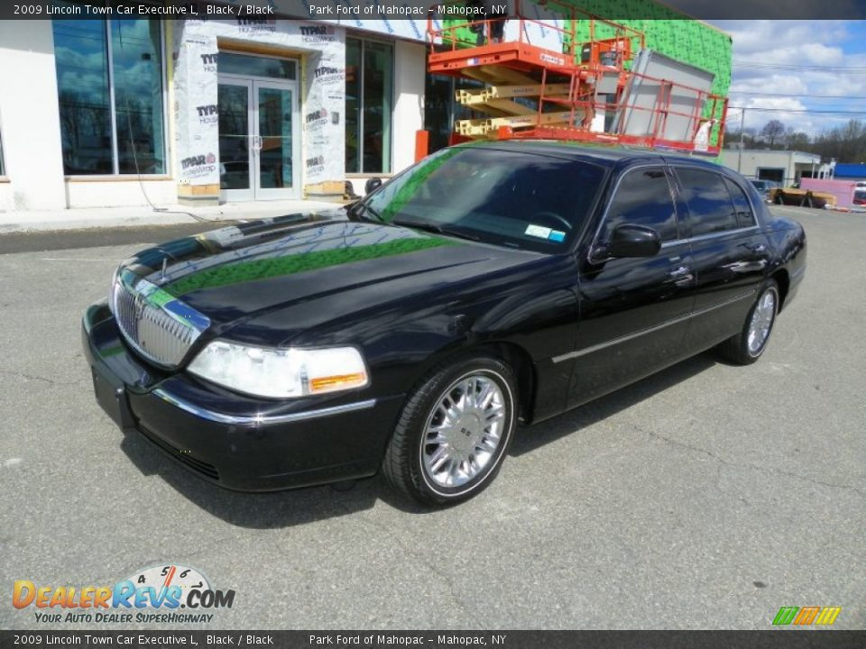 2009 lincoln town car executive l black black photo 5. Black Bedroom Furniture Sets. Home Design Ideas