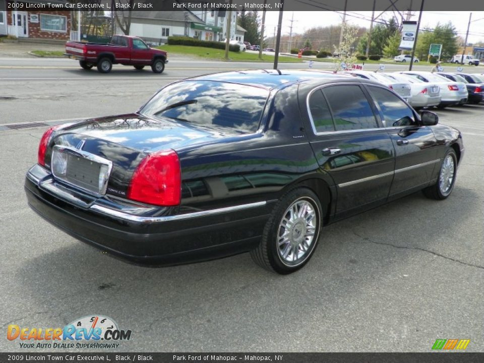 Black 2009 lincoln town car executive l photo 8 for State motors lincoln dealer manchester nh