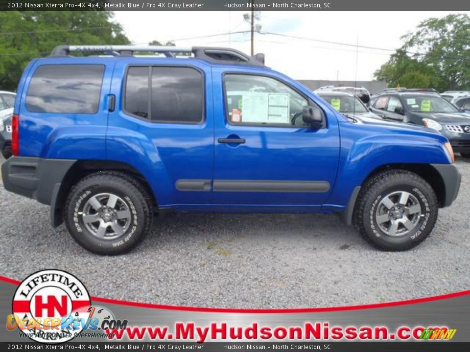 2012 nissan xterra pro 4x 4x4 metallic blue pro 4x gray leather photo 2. Black Bedroom Furniture Sets. Home Design Ideas