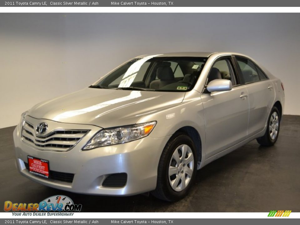 2011 Toyota Camry Le Classic Silver Metallic Ash Photo