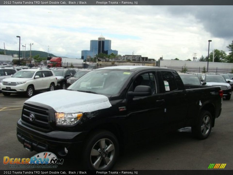 2012 toyota tundra trd sport double cab black black photo 3. Black Bedroom Furniture Sets. Home Design Ideas
