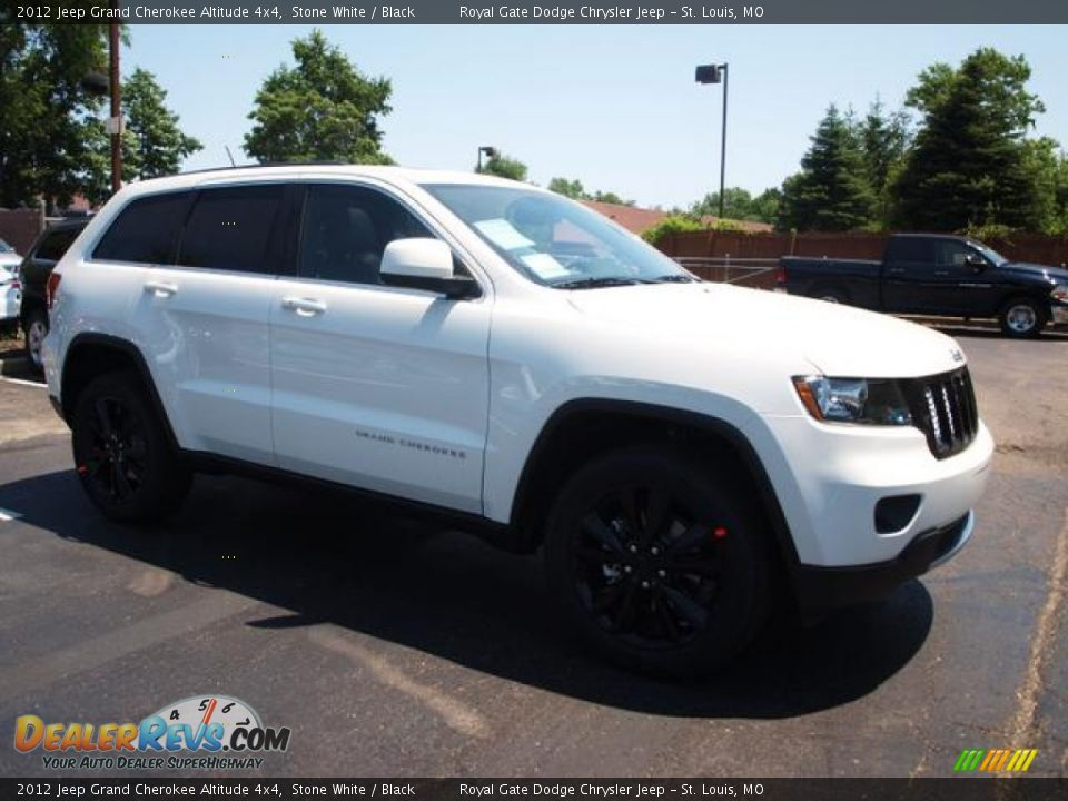 2012 Jeep Grand Cherokee Altitude 4x4 Stone White Black
