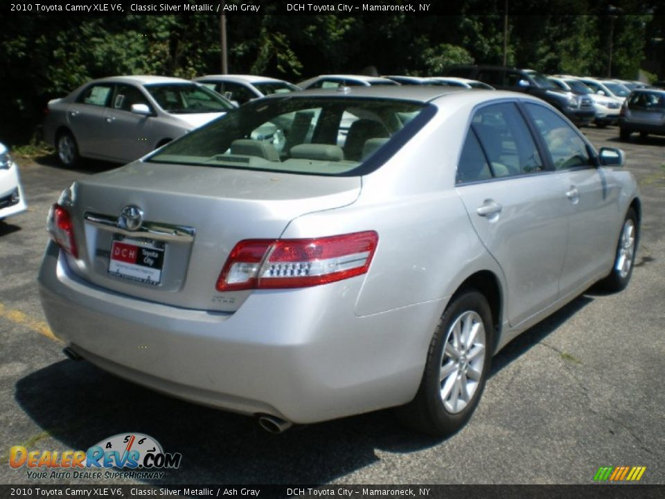 2010 toyota camry xle v6 classic silver metallic ash gray photo 6. Black Bedroom Furniture Sets. Home Design Ideas