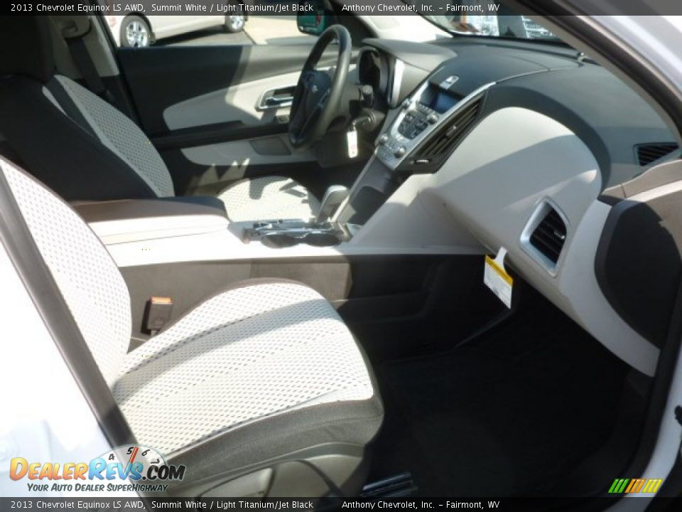 Light Titanium Jet Black Interior 2013 Chevrolet Equinox Ls Awd Photo 10