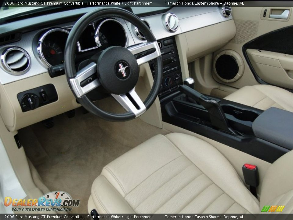 Light Parchment Interior 2006 Ford Mustang Gt Premium Convertible Photo 11