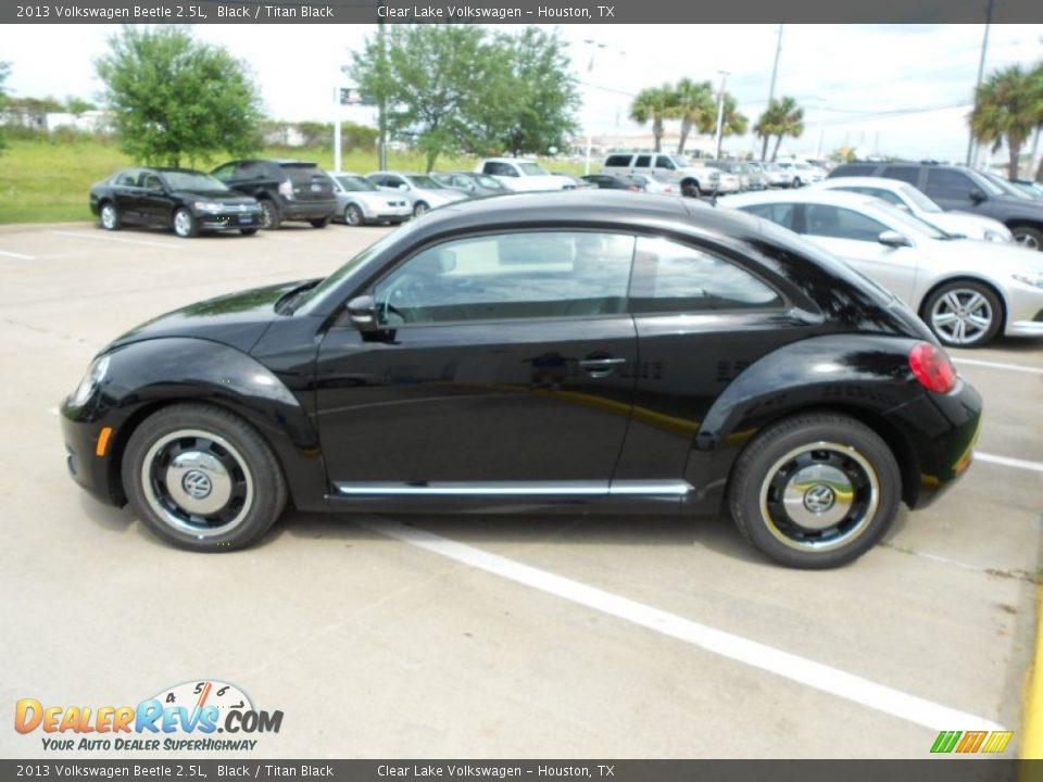 2013 volkswagen beetle 2 5l black titan black photo 4. Black Bedroom Furniture Sets. Home Design Ideas