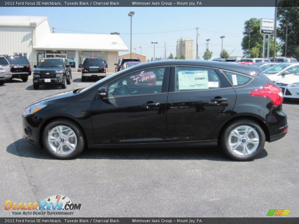 2013 ford focus se hatchback tuxedo black charcoal black photo 1. Black Bedroom Furniture Sets. Home Design Ideas