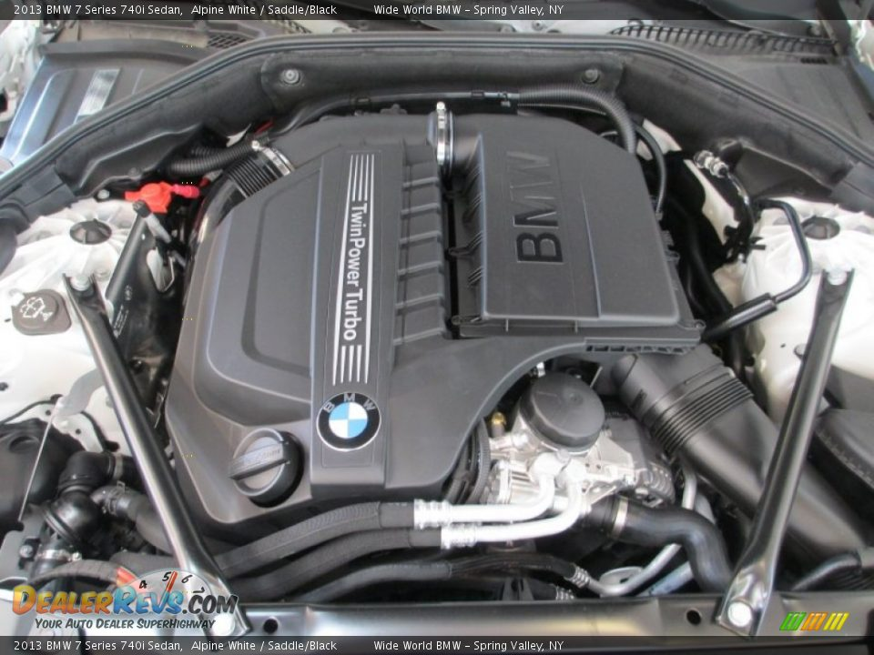 2013 bmw 7 series 740i sedan 3 0 liter di twinpower turbocharged dohc 24 valve vvt inline 6. Black Bedroom Furniture Sets. Home Design Ideas