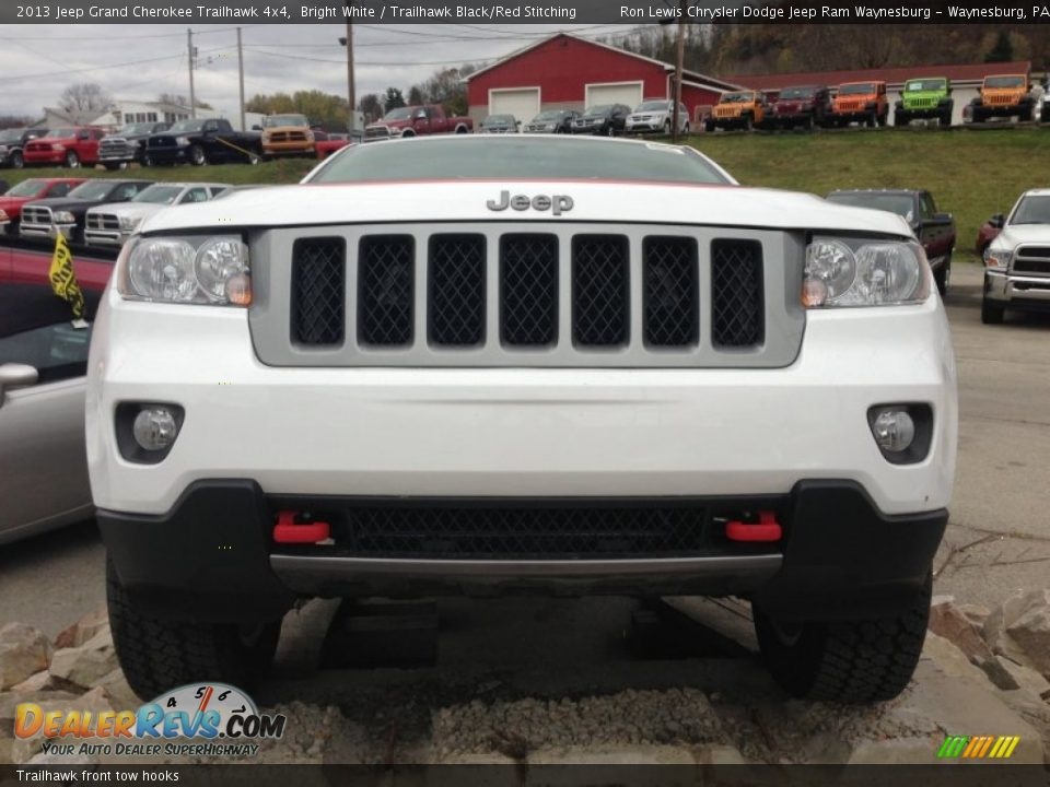 trailhawk front tow hooks 2013 jeep grand cherokee. Black Bedroom Furniture Sets. Home Design Ideas