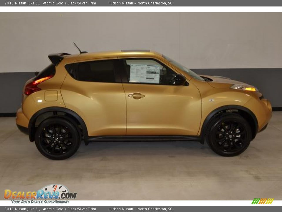 Used Nissan Juke >> Atomic Gold 2013 Nissan Juke SL Photo #3 | DealerRevs.com