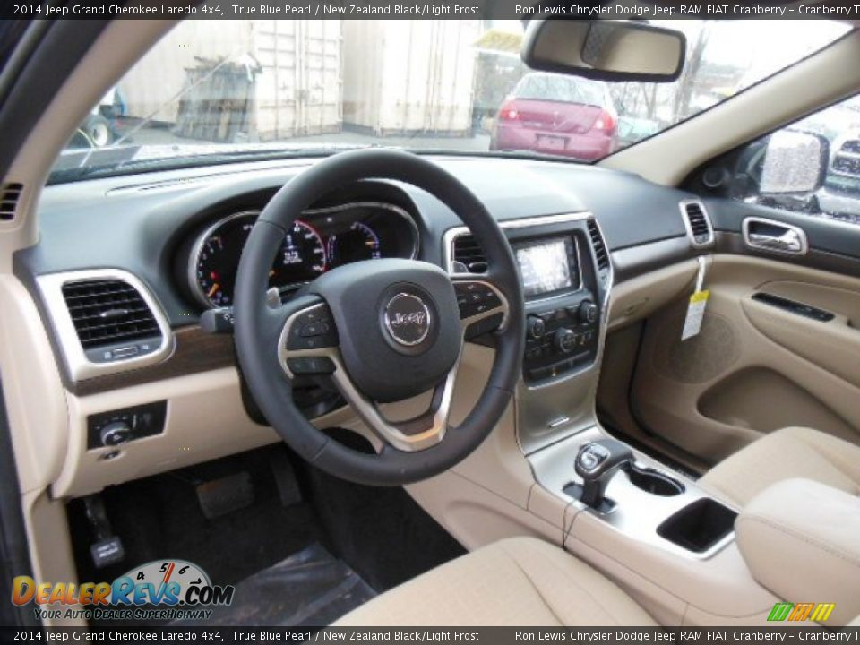 New Zealand Black/Light Frost Interior - 2014 Jeep Grand Cherokee