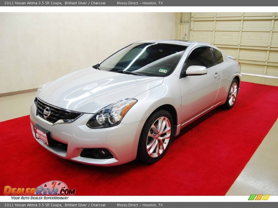 2011 nissan altima 3 5 sr coupe brilliant silver. Black Bedroom Furniture Sets. Home Design Ideas