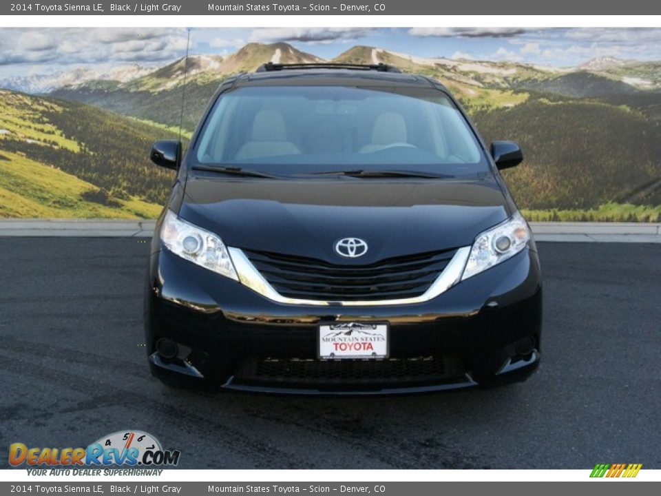 2014 toyota sienna le black light gray photo 2. Black Bedroom Furniture Sets. Home Design Ideas