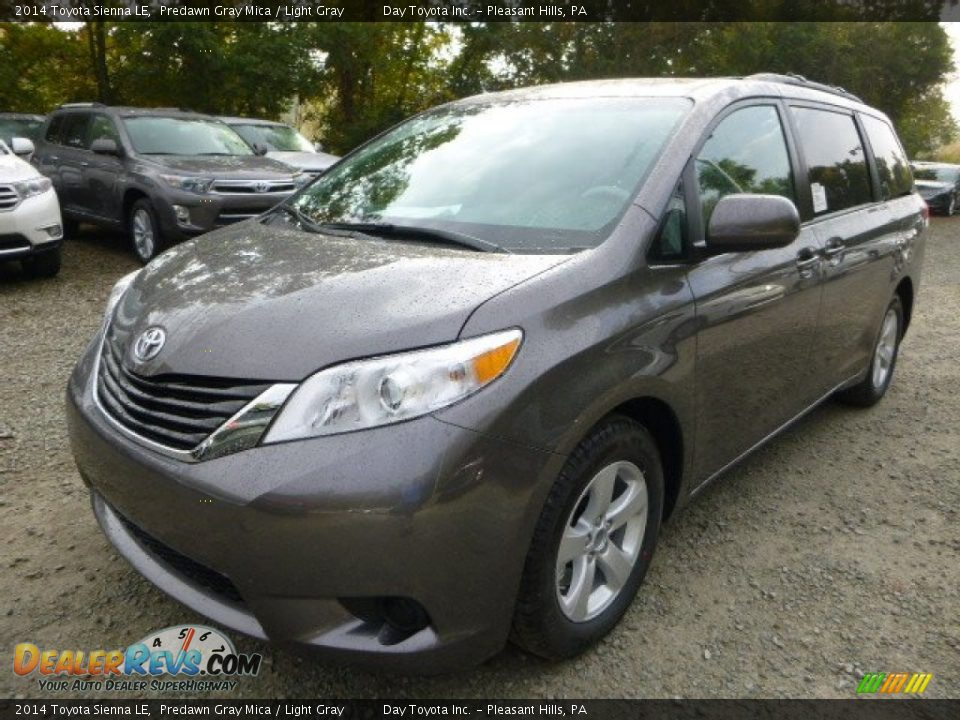 2014 toyota sienna le predawn gray mica light gray photo 7. Black Bedroom Furniture Sets. Home Design Ideas