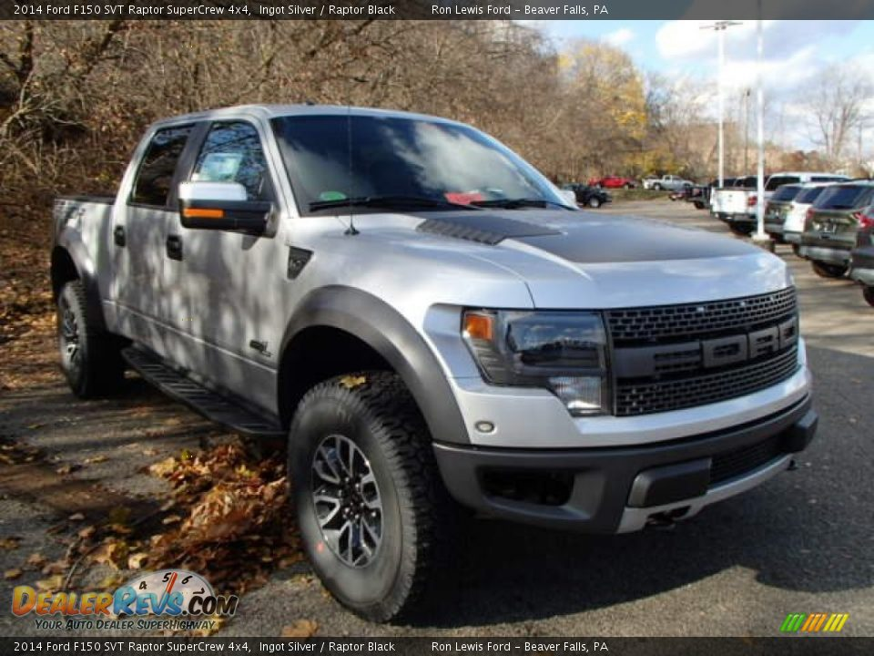 Front 3/4 View of 2014 Ford F150 SVT Raptor SuperCrew 4x4 Photo #2