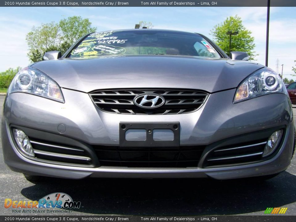 2010 hyundai genesis coupe 3 8 coupe nordschleife gray brown photo 3. Black Bedroom Furniture Sets. Home Design Ideas