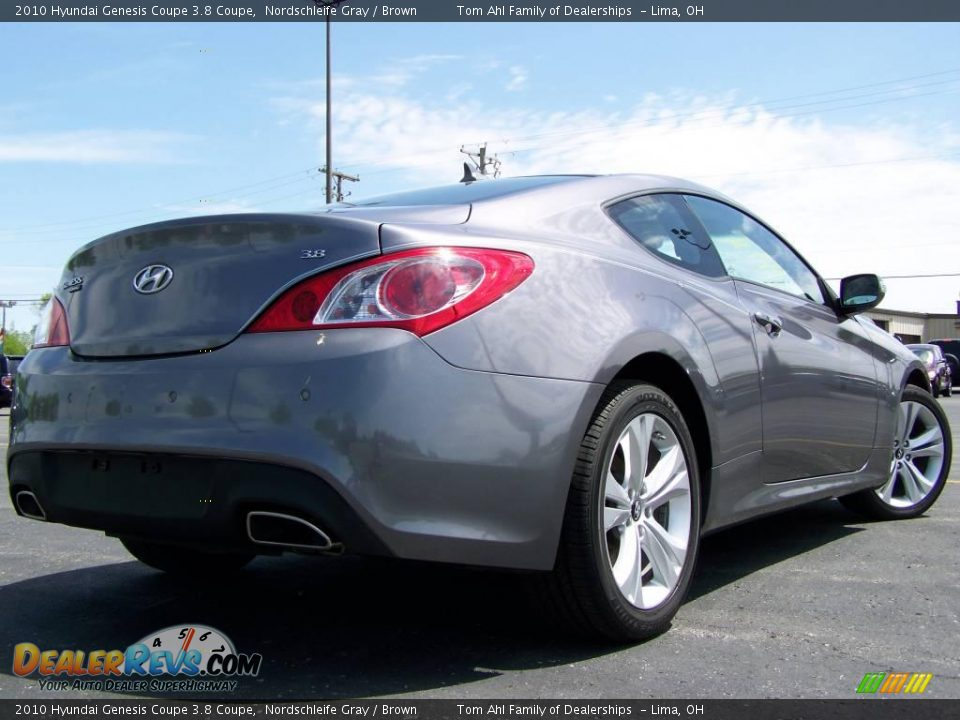 2010 hyundai genesis coupe 3 8 coupe nordschleife gray brown photo 7. Black Bedroom Furniture Sets. Home Design Ideas