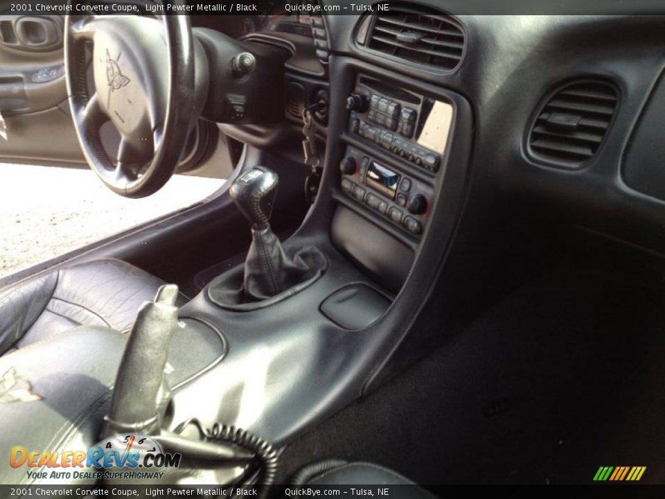 2001 Chevrolet Corvette Coupe Light Pewter Metallic / Black Photo #8