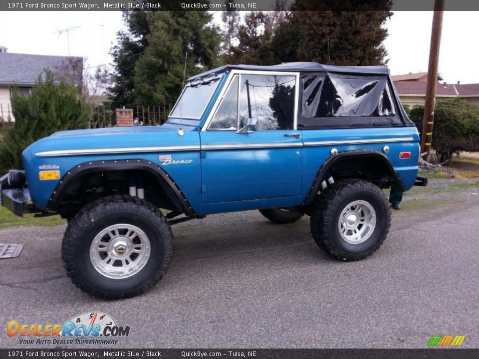Metallic Blue 1971 Ford Bronco Sport Wagon Photo #1