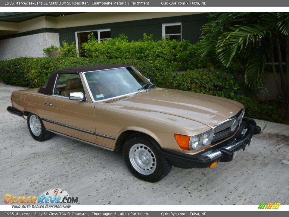 1985 Mercedes-Benz SL Class 380 SL Roadster Champagne Metallic / Parchment Photo #8