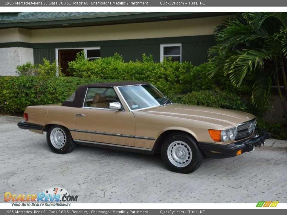 1985 Mercedes-Benz SL Class 380 SL Roadster Champagne Metallic / Parchment Photo #9