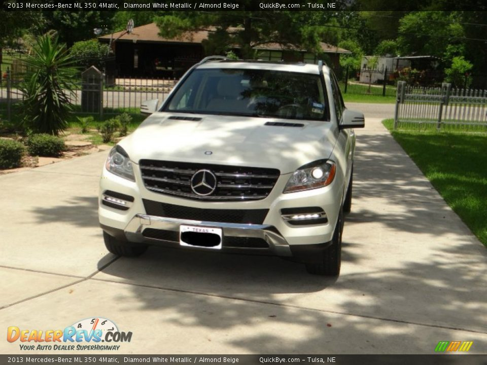 2013 Mercedes-Benz ML 350 4Matic Diamond White Metallic / Almond Beige Photo #1