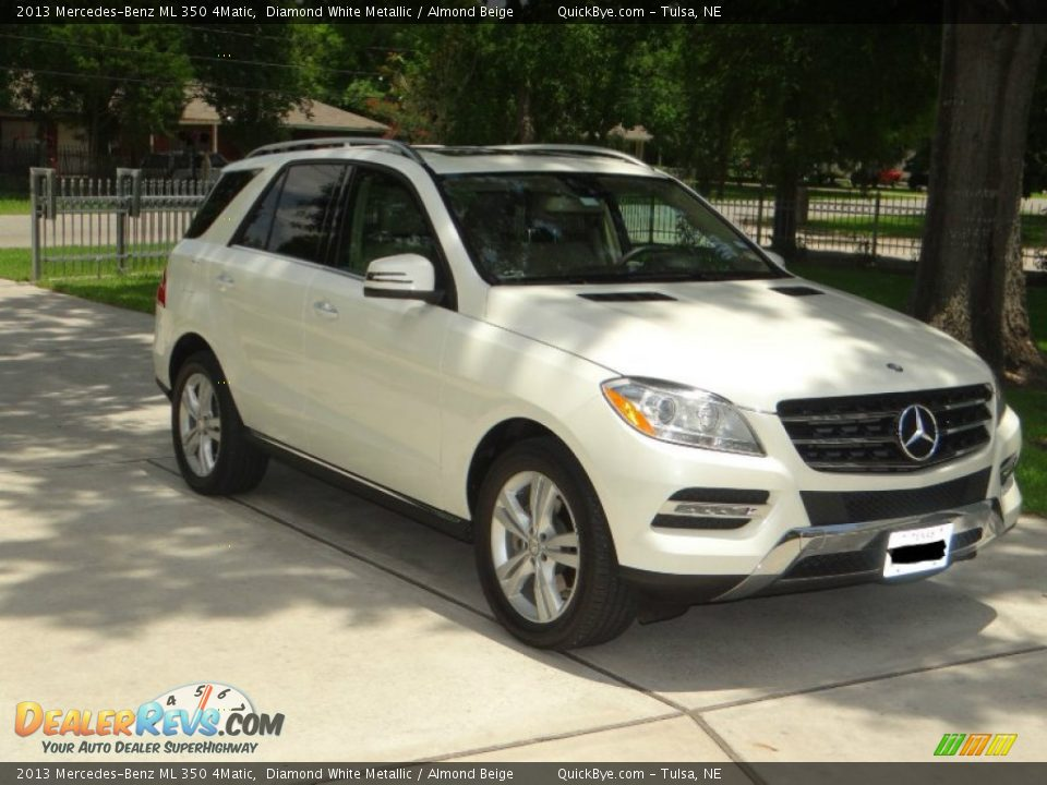2013 Mercedes-Benz ML 350 4Matic Diamond White Metallic / Almond Beige Photo #2