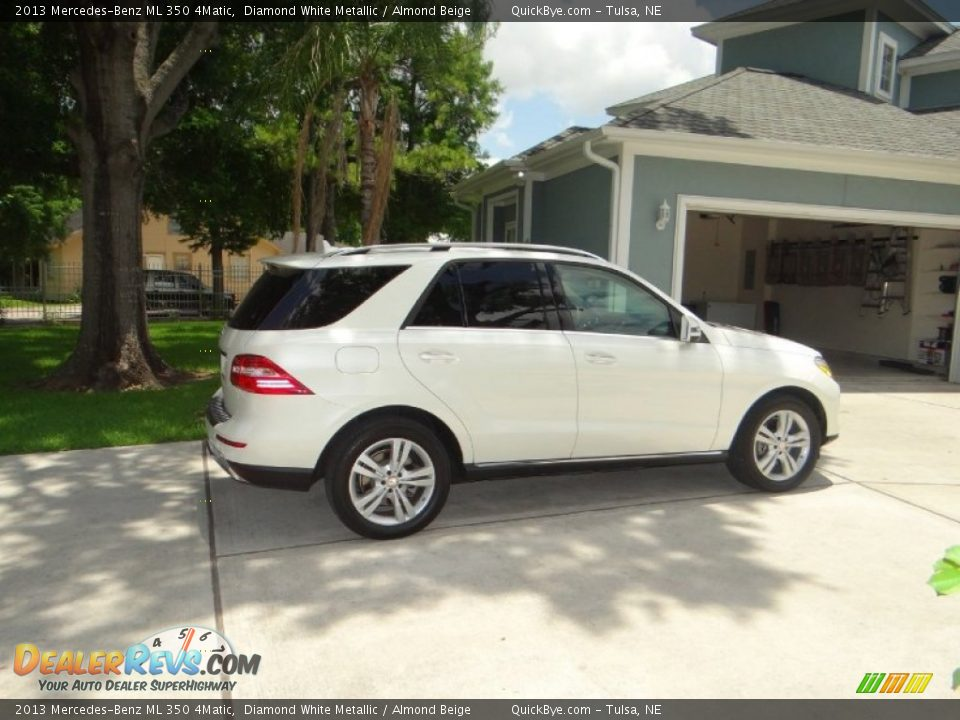 2013 Mercedes-Benz ML 350 4Matic Diamond White Metallic / Almond Beige Photo #4