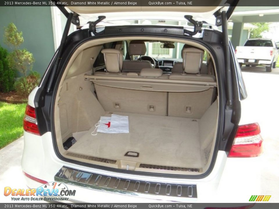 2013 Mercedes-Benz ML 350 4Matic Diamond White Metallic / Almond Beige Photo #14