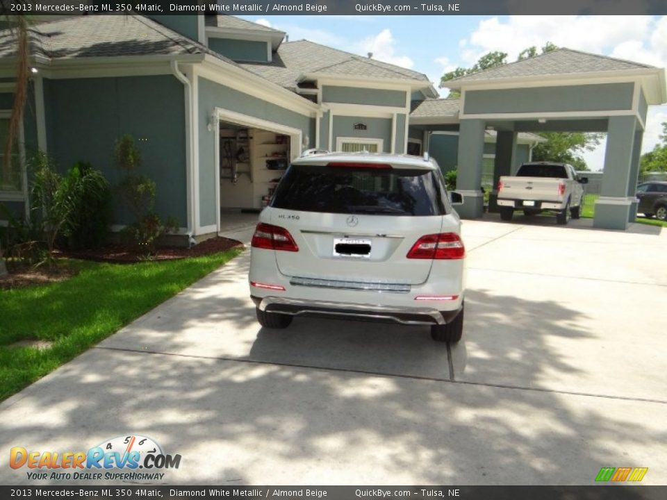 2013 Mercedes-Benz ML 350 4Matic Diamond White Metallic / Almond Beige Photo #15