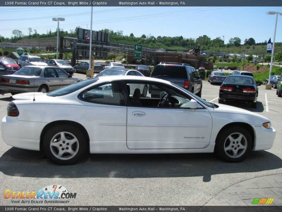 1998 pontiac grand prix gt coupe bright white graphite photo 8. Black Bedroom Furniture Sets. Home Design Ideas