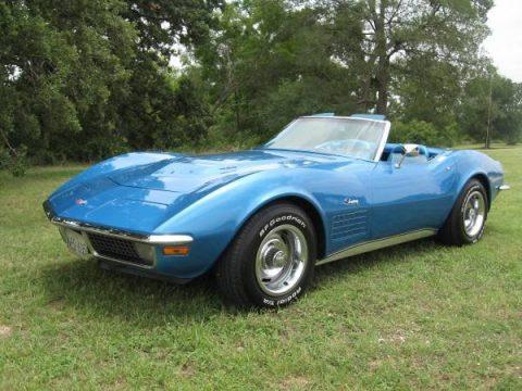 Mulsanne Blue Chevrolet Corvette Stingray Convertible.  Click to enlarge.