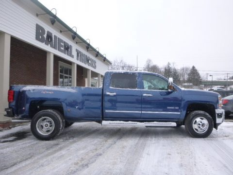 Chevrolet Silverado 3500HD LTZ Crew Cab Dual Rear Wheel 4x4
