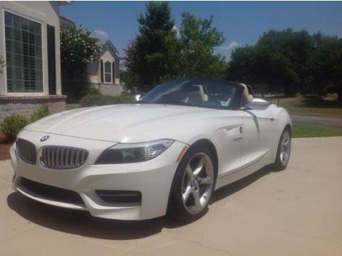 Alpine White BMW Z4 sDrive35is Roadster.  Click to enlarge.