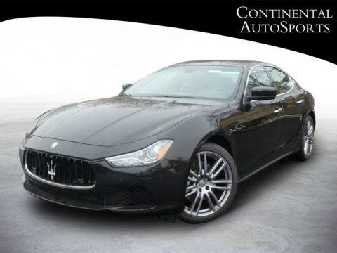 Nero (Black) Maserati Ghibli .  Click to enlarge.