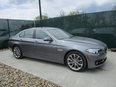 Mineral Grey Metallic BMW 5 Series 535i xDrive Sedan.  Click to enlarge.