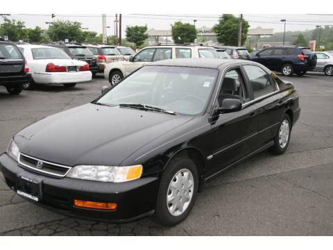 Used 1996 honda accord lx sedan for sale stock 1585 for Used car commercial 1996 honda accord