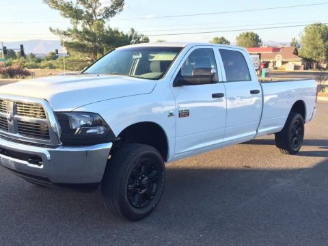 Bright White Dodge Ram 2500 ST Crew Cab 4x4.  Click to enlarge.