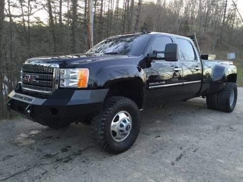 Onyx Black GMC Sierra 3500HD Denali Crew Cab 4x4 Dually.  Click to enlarge.