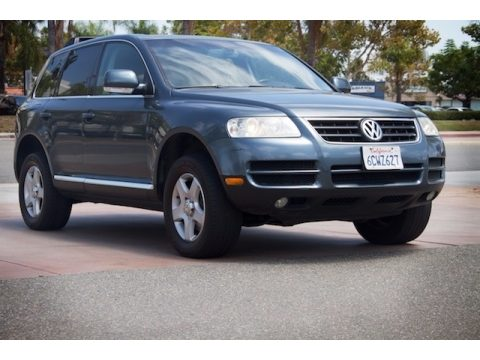 Offroad Grey Metallic Volkswagen Touareg V6.  Click to enlarge.