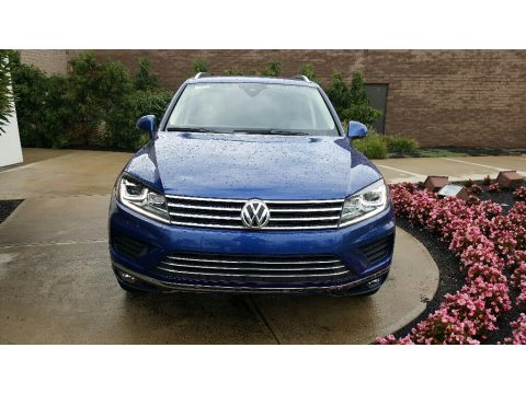 Reef Blue Metallic Volkswagen Touareg TDI Sport.  Click to enlarge.
