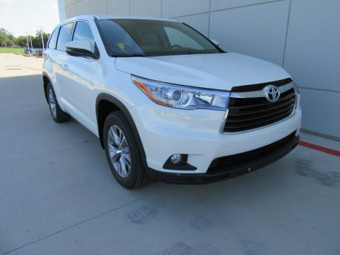 Blizzard Pearl Toyota Highlander LE Plus.  Click to enlarge.
