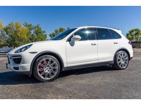 White Porsche Cayenne Turbo.  Click to enlarge.