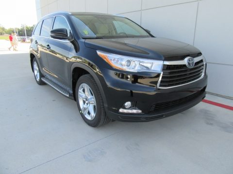 Midnight Black Metallic Toyota Highlander Limited Platinum.  Click to enlarge.